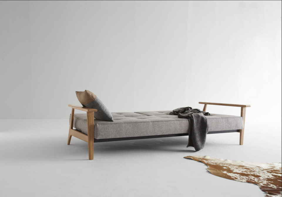 ISTYLE_2015_-_SPLITBACK_SOFA_BED_WITH_FREJ_ARMRESTS_LACQURED_OAK_-_521_MIXED_DANCE_GREY_-_BED_POSITION