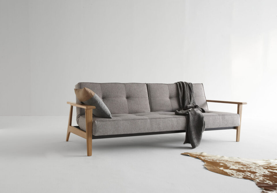 ISTYLE_2015_-_SPLITBACK_SOFA_BED_WITH_FREJ_ARMRESTS_LACQURED_OAK_-_521_MIXED_DANCE_GREY_-_SOFA_POSITION