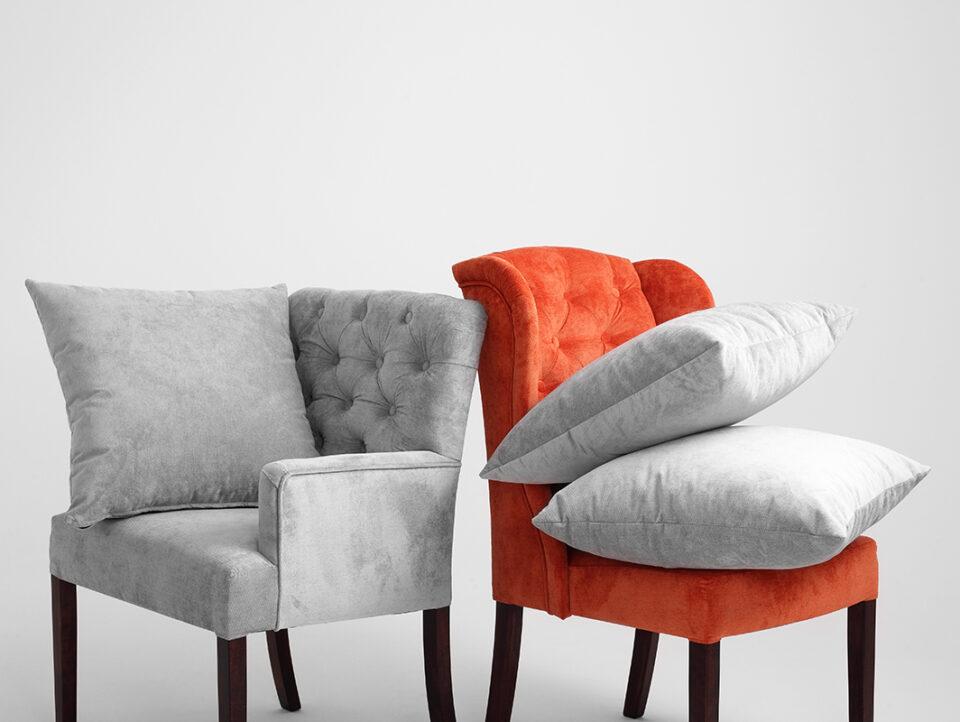 002-fotel-roger-szare-niebo-orzech-ac022roger-mt1430
