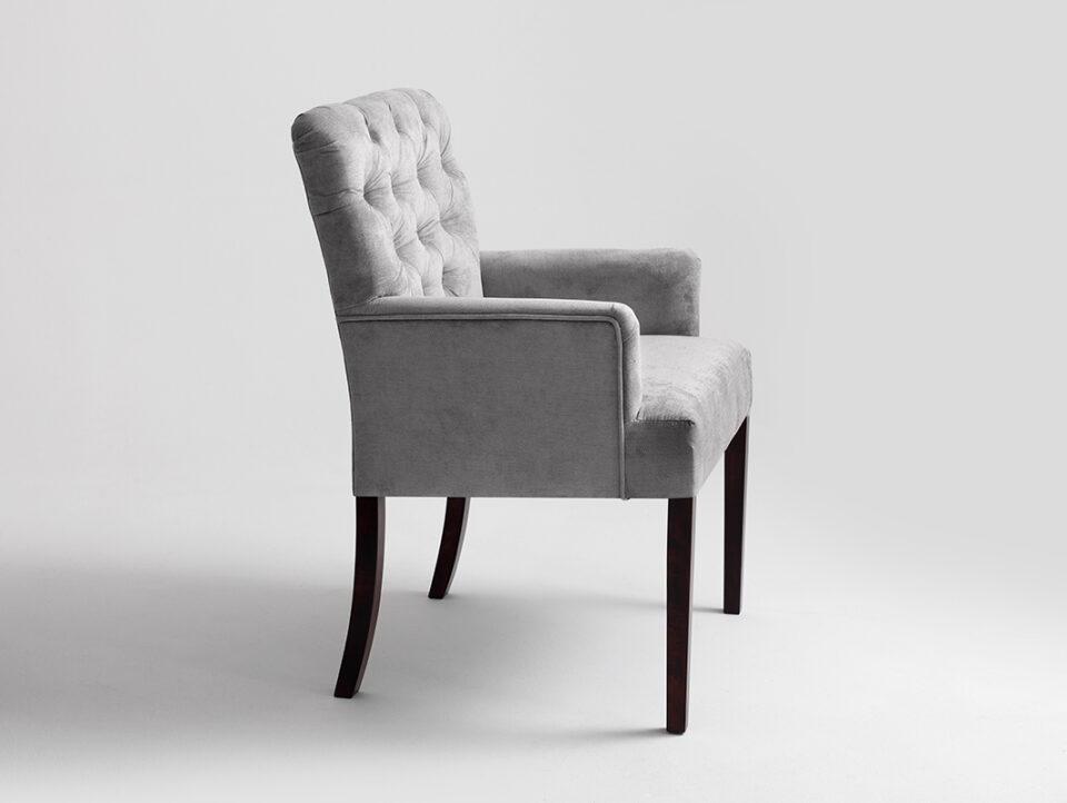 004-fotel-roger-szare-niebo-orzech-ac022roger-mt1430